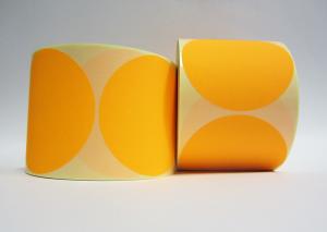 Stickers op rol  100 mm rond Fluor Oranje (kleine aantallen)